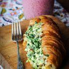 Croissant salé œufs brouillés épinard