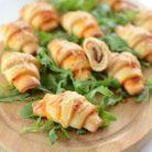 Croissants salés tomate rillettes de poulet