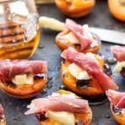 Abricots grillés, brie, prosciutto et miel