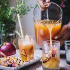 Thé glacé aux nectarines grillées et romarin