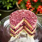 Layer cake aux framboises, baies et myrtilles