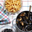 Les traditionnelles moules-frites