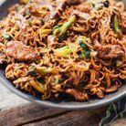 Nouilles sautées au bœuf et au brocoli
