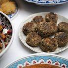 Kofte bœuf, pignons, herbes fraîches