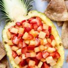 Pineapple boat salade de fruit