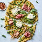 Pizza aux asperges et prosciutto