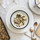 Breakfast yaourt, tahini et muesli