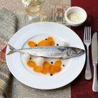 Maquereaux au vin blanc, sauce raifort