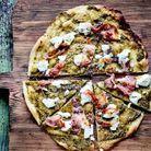 Pizza fondante à la tapenade verte