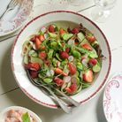 Salade de crudités, fraises et framboises