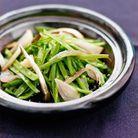 Salade de haricots verts et sprats fumés, véritables échalotes tradition confites