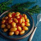 Salade de pommes de terre rattes et oeufs de saumon