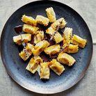 Agnolotti del plin au poulet et sauce à la lavande