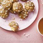 Chouquettes, crème pâtissière à la fleur d'oranger
