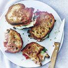 Croque-monsieur au pain de campagne, jambon cru et mont vully