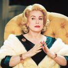 Catherine Deneuve dans « 8 femmes » (2002)