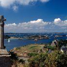 La croix Saint-Michel, un monument édifié au XVIIIe siècle. Un incontournable de l'île !