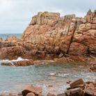 Le paysage rocheux de l'île