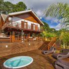 Un chalet familiale avec piscine au Brésil