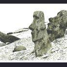 Travel Book Vuitton Ile de Paques  P 74 Easter Island, Rano Raraku Quarry Bis