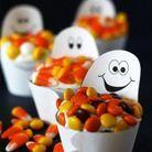 Panier de bonbons Halloween en papier fantômes