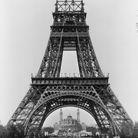 Début de la construction du 3éme étage de la tour Eiffel