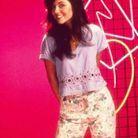 Kelly Kapowski dans « Sauvez par le gong »