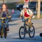 Sadie Sink (Max) et Gaten Matarazzo (Dustin) durant le tournage