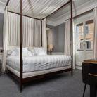 Une belle chambre d'hôtel à Rome