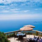Un hôtel en bord de mer à Eze