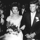 Jackie Kennedy porte une robe en taffetas de soie ivoire qui a failli ne jamais voir le jour