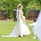 La robe de demoiselle d'honneur de Cara Delevingne au mariage de sa soeur Poppy Delevingne