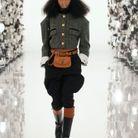 Bombe d'équitation Gucci + veste à boutonnage doré
