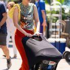 Gigi Hadid et son sac JW Pei