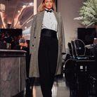 Le manteau en tweed et strass de Gigi Hadid