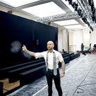 Mode reportage coulisses haute couture defile alexandre vauthier vaporisateur