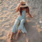Sandale à cordes à la plage