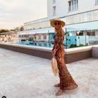 Sandale à cordes avec robe et chapeau de paille