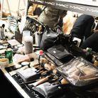 La valise de maquillage déployée