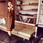 Printemps été 2012  Manteau en satin, jupe et sac, Prada