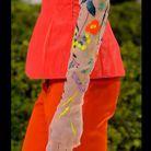 les gants en tulle de Christian Dior