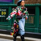 jean slouchy + manteau fleuri