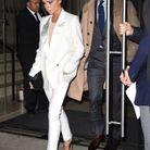 Victoria Beckham en tailleur blanc