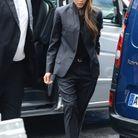 Victoria Beckham en tailleur noir