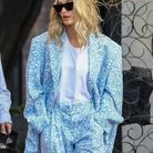 Hailey Baldwin en total look Jacquemus