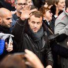 Bain de foule pour Emmanuel Macron