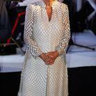 Camilla Parker Bowles en tunique à détails argentés