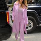 Le costume rose de Blake Lively