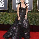 Penelope Cruz en robe décolletée noire