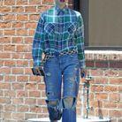 Gwen Stefani porte des Vans à damier rouge